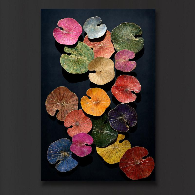 Dreidimensionales Wandbild aus bunten Lotusblättern