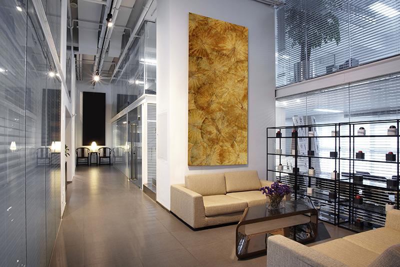 Lotusbild in einem Bürogebäude